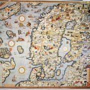 Olaus Magnuksen Carta marina (1539). Vanha värikartta.